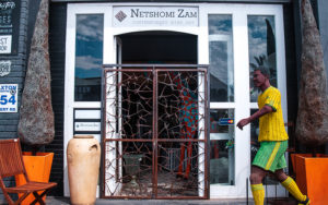 Netshomi Zam African Beadwork - Gallery Image Shopfront