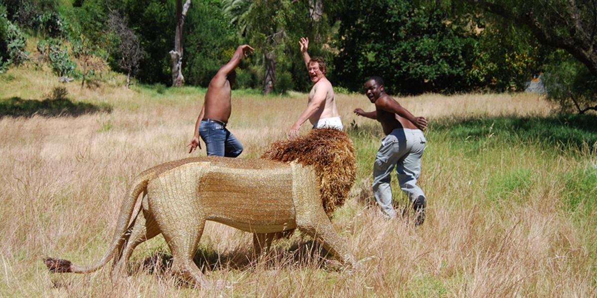 Netshomi Zam African Beadwork - Image Art