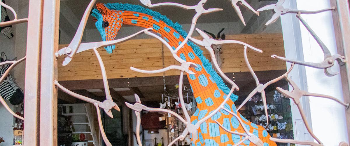 Netshomi Zam African Beadwork - Beaded Animal Sculpture African Giraffe
